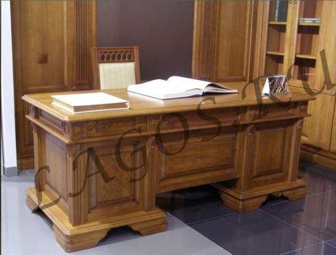 Качественный письменный стол из дерева